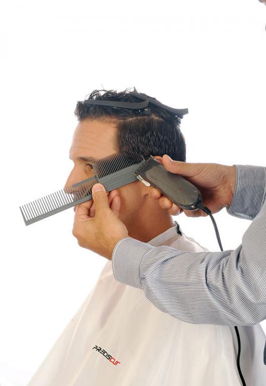 Corto Laterales Bajos  con peine Preciscut Large, sección 2 (triangular). Tecnica de corte con maquina sobre peine Preciscut